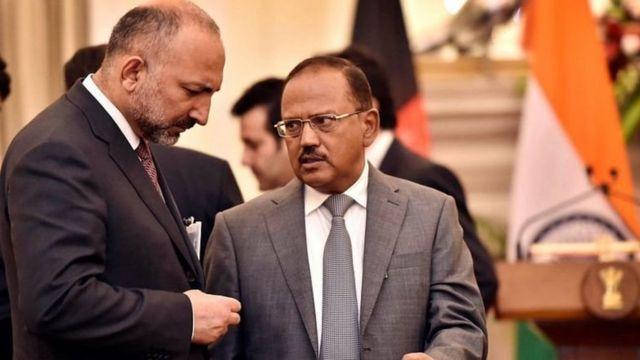 अफ़ग़ानिस्तान के राष्ट्रीय सुरक्षा सलाहकार के साथ भारत के राष्ट्रीय सुरक्षा सलाहकार अजीत डोभाल