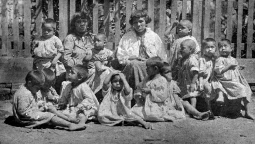 women and children xokleng