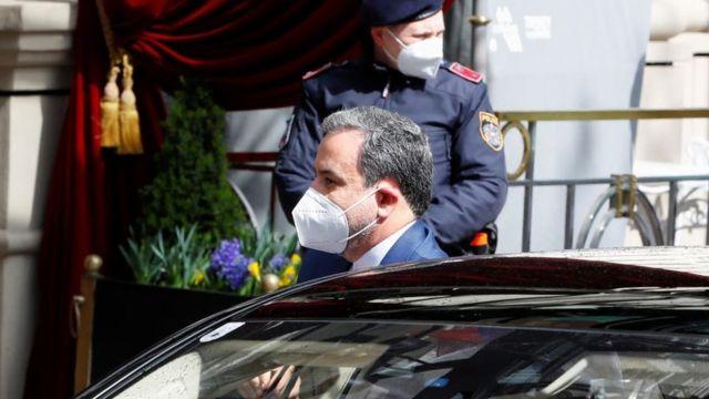 مسؤول إيراني يحضر المحادثات في فيينا