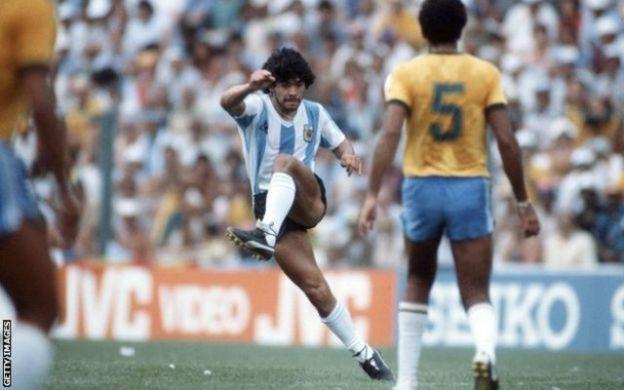 Diego Maradona 1982-dii