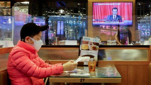 """美国谴责中国 """"继续攻击香港的民主制度""""。"""