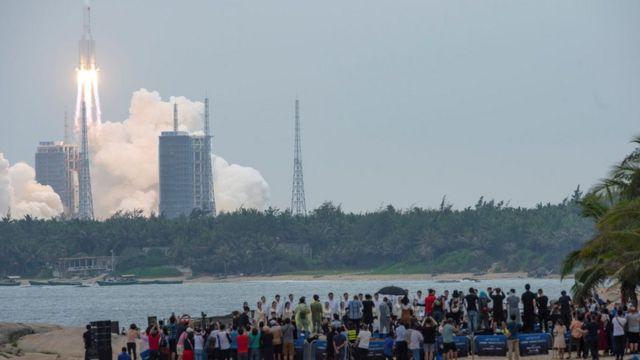 lançamento do foguete chines