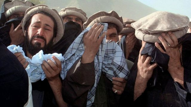 Funeral ceremony for the death of Massoud in 2001