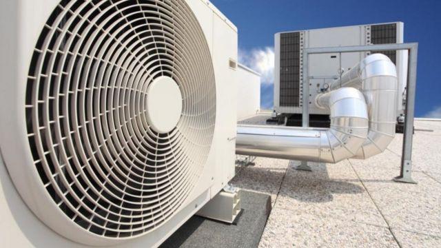 O ar-condicionado convencional libera gases de efeito estufa na atmosfera, contribuindo para o aquecimento global