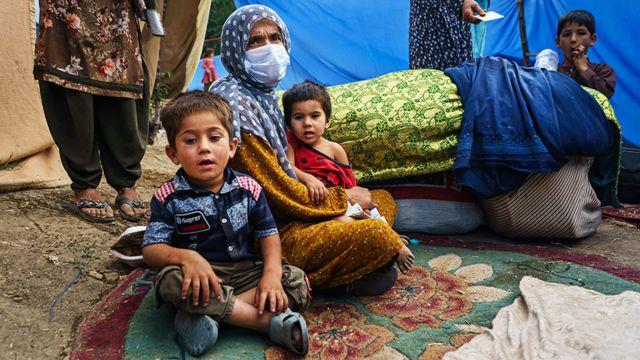 14일 카불의 임시 거처에 머물고 있는 아프간 가족
