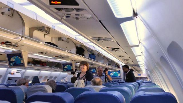 在飛機上換座應該選擇什麼時機? - BBC 英倫網