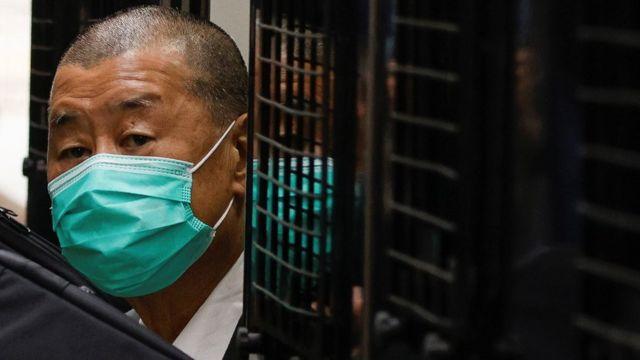 黎智英由囚车押送至香港终审法院听取《国安法》案件保释上诉裁决(9/2/2021)