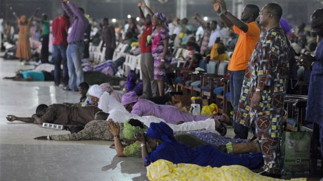 2021 prophecy by Nigerian pastors: Wetin Daddy G.O, Oyedepo, TB Joshua and oda pastors dey predict for di new year - BBC News Pidgin