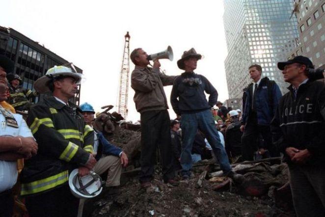 Başkan Bush saldırı bölgesinde