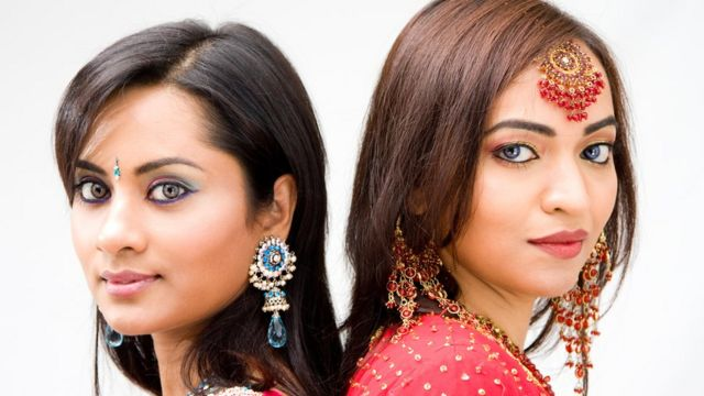Jovens bengalesas