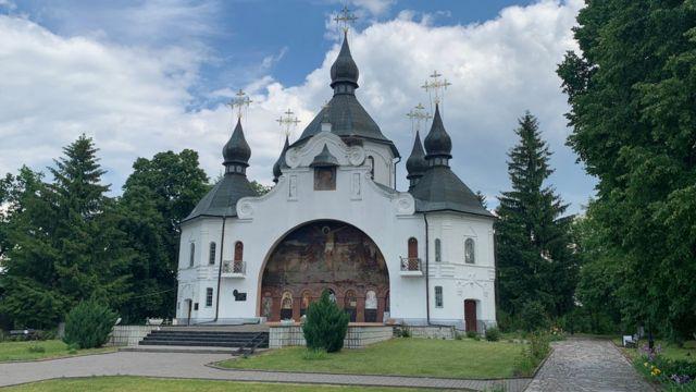 Георгіївська церква на Козацьких могилах - єдиний у світі православний храм під відкритим небом
