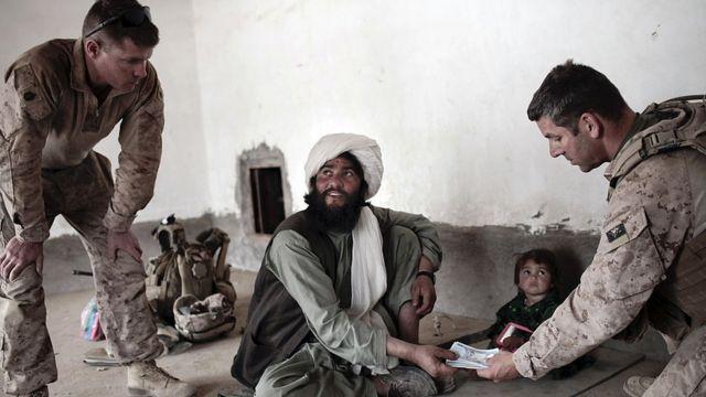 افغان شہری کو امریکہ سے امداد مل رہی