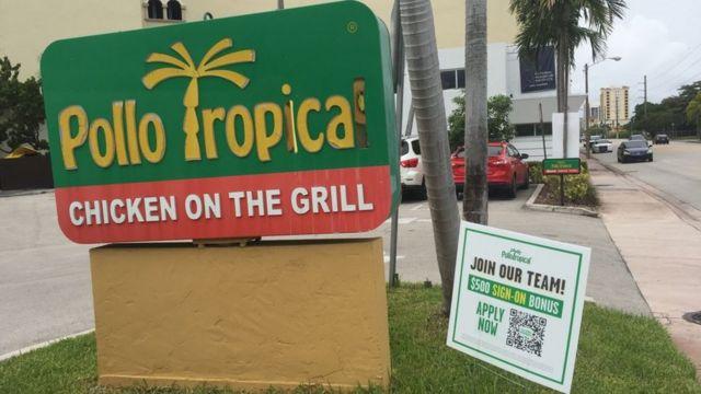 Local de Pollo Tropical en Miami