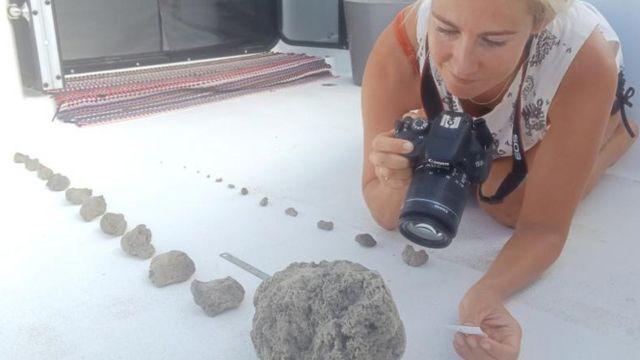 부석의 크기는 평범한 돌 크기에서 농구공 크기까지 다양했던 것으로 알려졌다