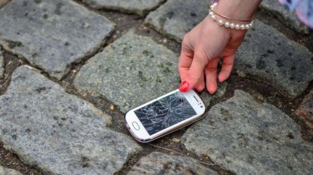 الدولة التي تلزم المواطنين والشركات بإعادة تصليح الأجهزة الإلكترونية القديمة