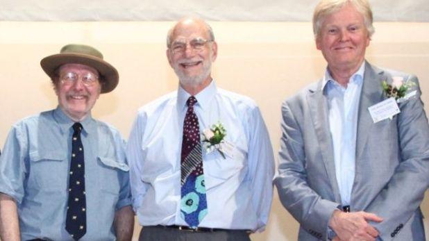 Los tres científicos