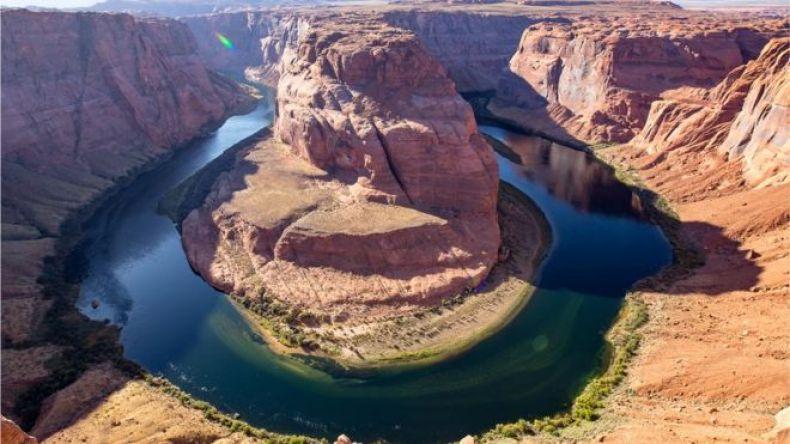 Paisaje de un meandro en el Gran Cañón del Río Colorado, en Arizona.