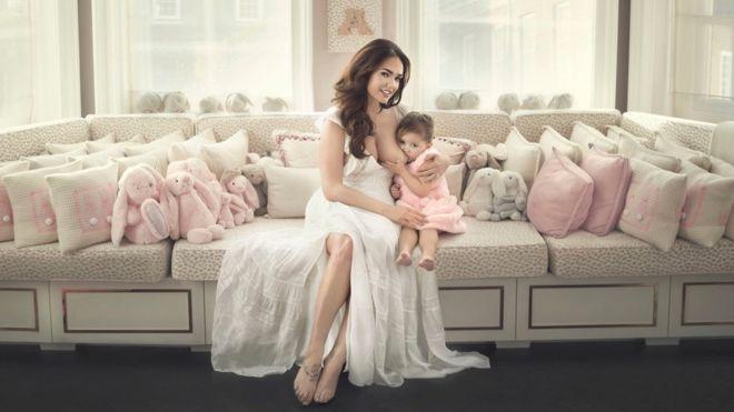 Tamara Ecclestone y su hija Sophia