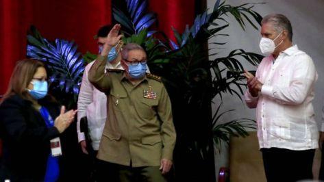 Raúl Castro en el VIII Congreso del PCC.