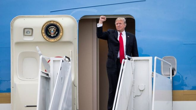 President Donald Trump arrives on Air Force One at the Palm Beach International Airport in West Palm Beach, Florida, on 3 March 2017.