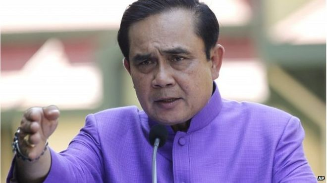 Prime Minister Prayuth Chan-ocha speaks to media in Bangkok (31 March 2015)