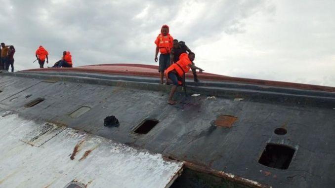 Des rescapés du naufrage.