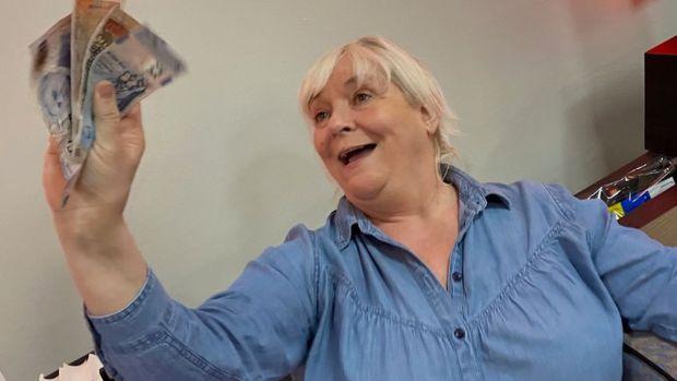 Sharon Lindsay
