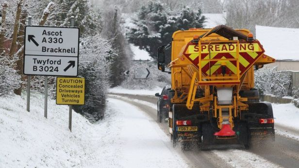 Gritters leaping into action near Touchen-end in Berkshire