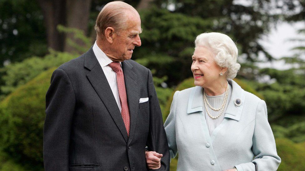 Queen Elizabeth and Prince Philip walk at Broadlands in Romsey, 2007