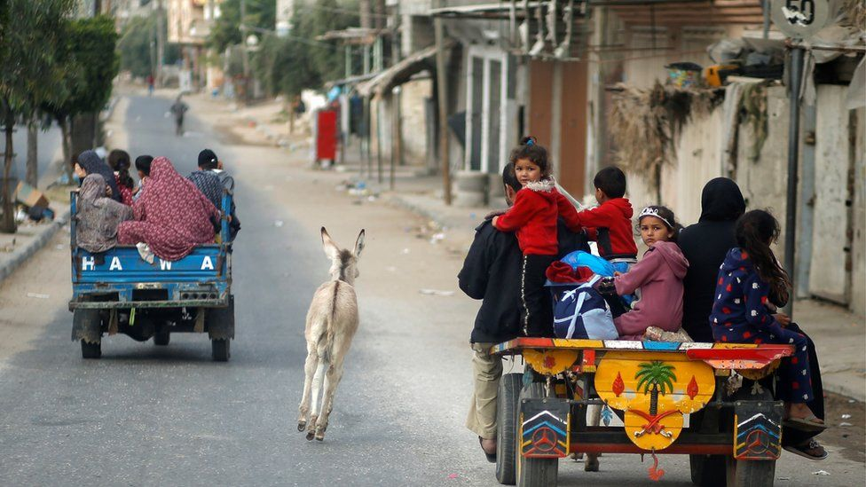 families flee homes in northern Gaza
