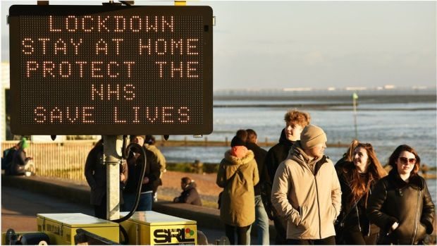 Lockdown sign at Southend, Essex