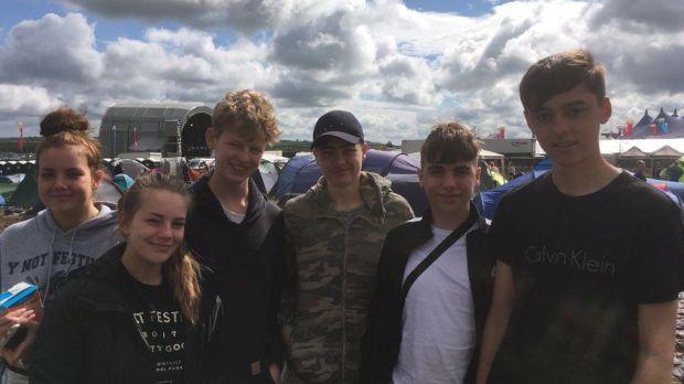 Tom, Joe, Will, Sam, Ellie, and Jodie at Y Not