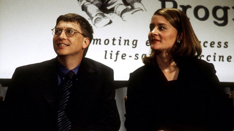 Bill Gates and wife Melinda Gates donate a $100M cheque to the Program for Appropriate Technology in Health in 1998 https://news.pindula.co.zw/