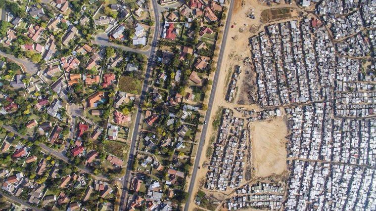Imagem aérea da região de Kya Sands/Bloubosrand, em Joanesburgo, África do Sul