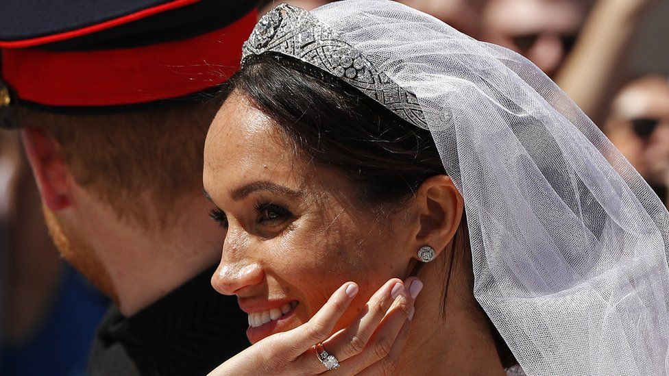 Meghan Markle in the carriage after marrying Prince Harry