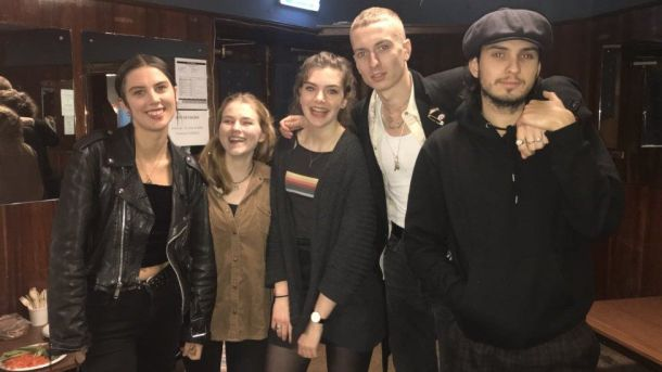 Wolf Alice, Freya and her friend Heather.