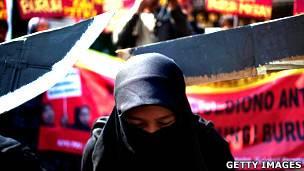 Protestas en Indonesia por la ejecución de una trabajadora doméstica de ese país en Arabia Saudita en 2011