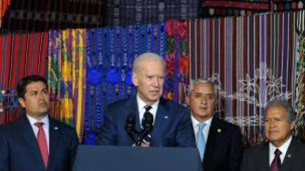 El vicepresidente de EE.UU., Joseph Biden, durante su reunión con los presidentes de Guatemala, Honduras y El Salvador