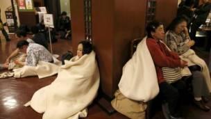 Aún se desconoce si hay personas atrapadas tras el nuevo sismo.