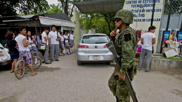 Soldados patrullan en Acapulco, Guerrero. Foto: AFP/Getty
