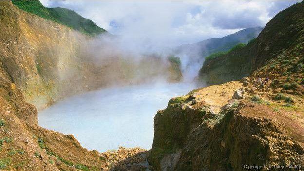 Dünyada görmeniz gereken ilginç göller 5