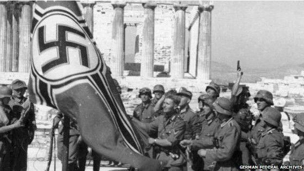 Alemania asegura que ya pagó lo que debía. Grecia asegura que no cubría todos los daños.