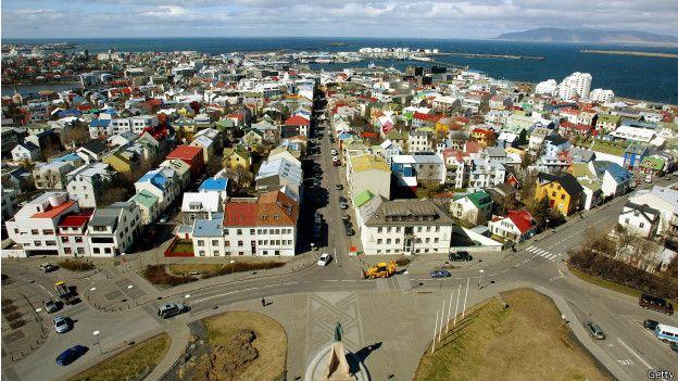 En Islandia 11.000 personas se ofrecieron a acoger en su casa a refugiados.