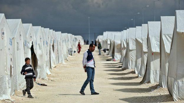 Refugiados sirios en un campo de Turquía.
