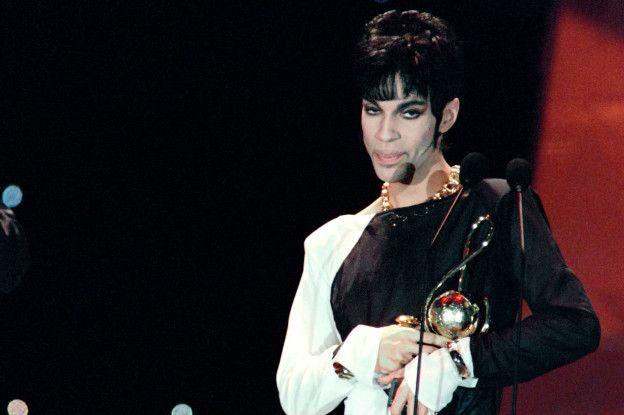 Prince ganó siete premios Grammy, un Globo de Oro y un premio Oscar por la película