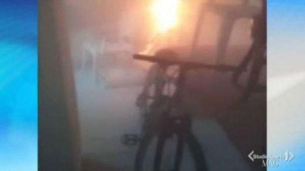 Incêndios espontâneos continuam assombrando vilarejo na Itália 3