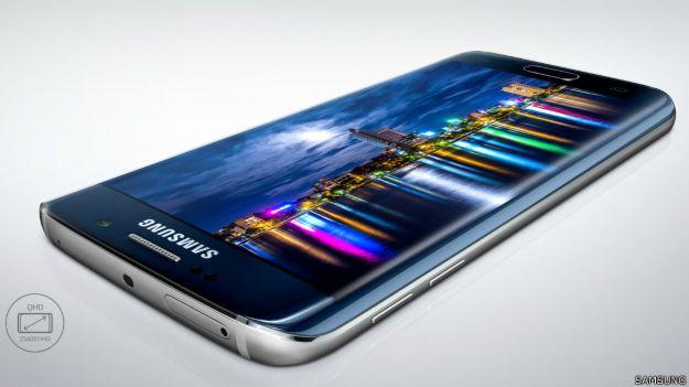 Samsung  asegura que la batería de su teléfono se carga en la mitad del tiempo que un iPhone 6.
