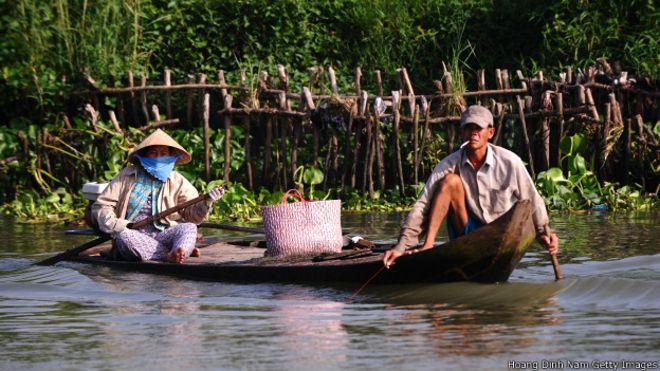 131115162442_vietnam_rural_poverty_624x351_hoangdinhnamgettyimages.jpg