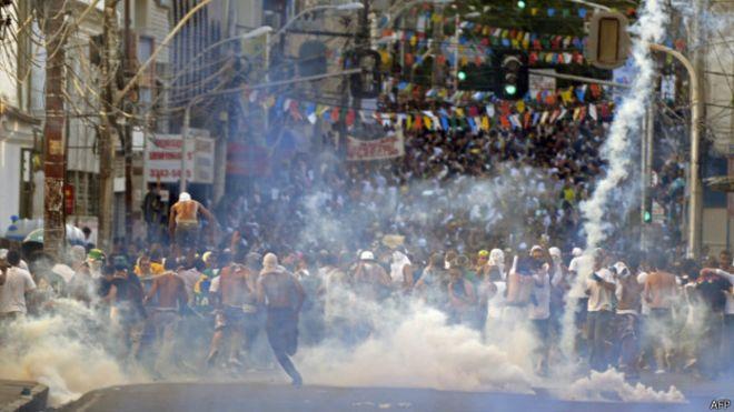 Protesto em Salvador em junho de 2013 | Foto: AFP