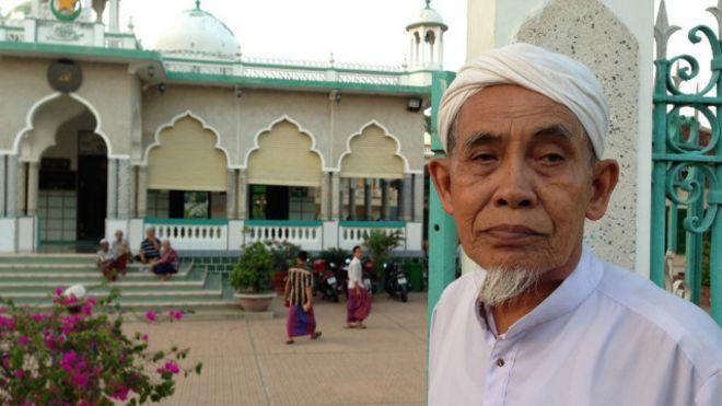 150710132607_islam_in_vietnam_640x360_bbc_nocredit.jpg
